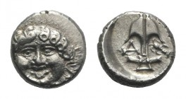 Thrace, Apollonia Pontika, late 5th-4th centuries BC. AR Drachm (12mm, 2.85g, 3h). Facing gorgoneion. R/ Anchor; A to l., crayfish to r. SNG BM Black ...