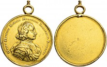 RUSSIAN EMPIRE AND FEDERATION. Peter I, 1682-1725. Gold medal n. d. (1706-1710). Price medal. Dies by G. Haupt. Draped and laureate bust of Peter I in...