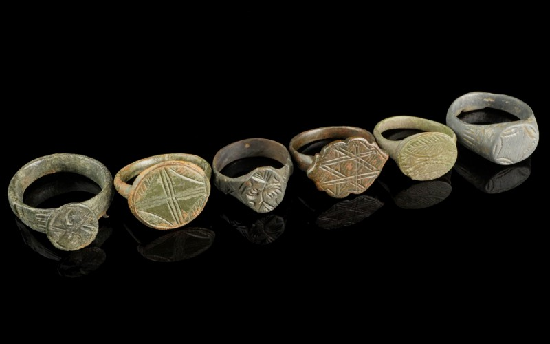 6 Bronze Rings