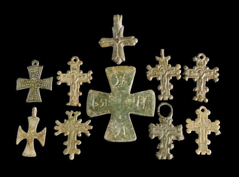 Lot of 10 Crosses