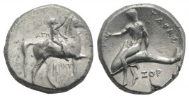 Southern Apulia, Tarentum, c. 302-280 BC. AR Nomos (21mm, 7.72g, 9h). Youth on horseback r., crowning horse; AΓΩ to l., KPAT/INOΣ below. R/ Phalanthos...