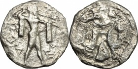 Greek Italy. Lucania, Poseidonia-Paestum. AR Drachm, 530-500 BC. D/ Poseidon advancing right, wielding trident, chlamys draped over both arms. R/ Incu...
